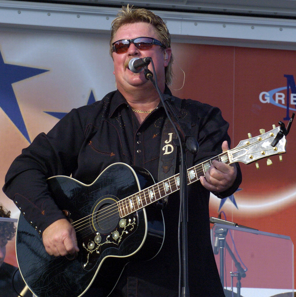 Country Music Star Joe Diffie Dies Of COVID-19 Complications at 61