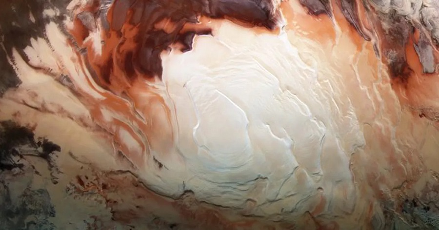 Mars may contain liquid water, research says
